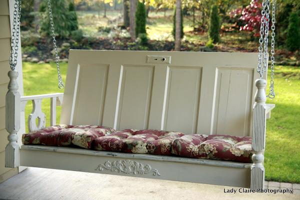outdoor-decor-repurposing-old-doors-qwesa.ru-02