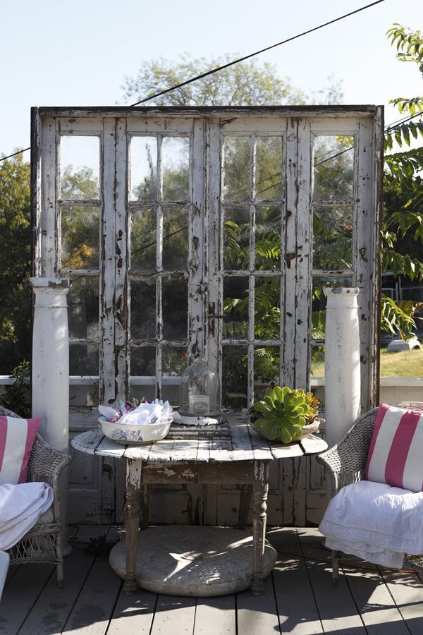 outdoor-decor-repurposing-old-doors-qwesa.ru-04