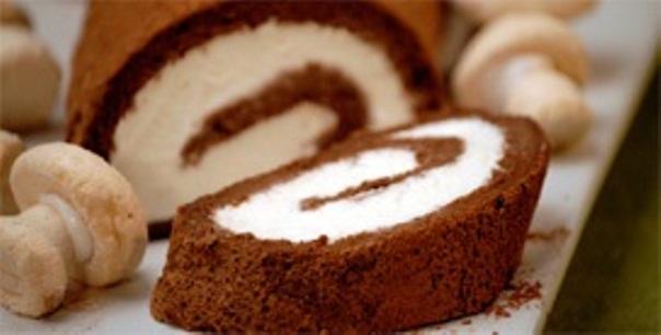 recept-kak-prigotovit-shokoladnyj-rulet-qwesa.ru-01