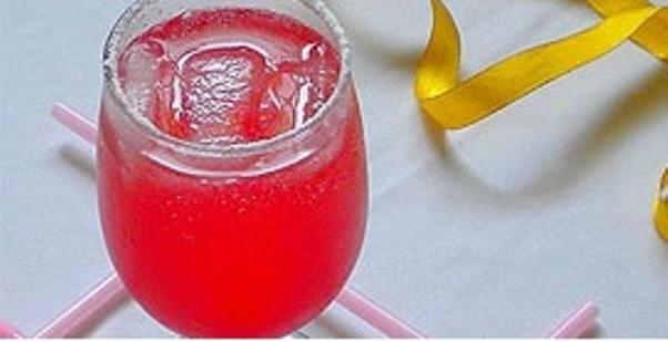 recept-kak-prigovtovit-klubnichnyj-limonad-qwesa.ru-01