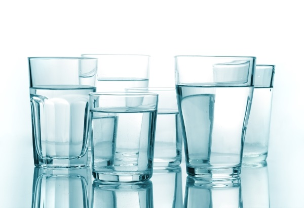 skolko-vody-nuzhno-vypivat-za-den-qwesa.ru-01