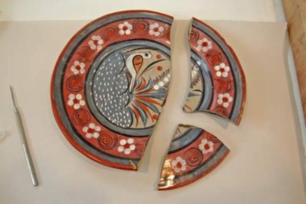 Как восстановить битую посуду и керамику