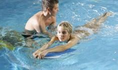 Как самостоятельно научиться плавать